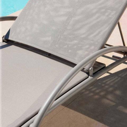 2 stapelbara utomhuschaiselonger i metall och tyg tillverkade i Italien - Perlo