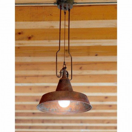Koppar taklampa och antik mässing gjuteri