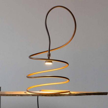 Design bordslampa i kopparbränd effekt tillverkad i Italien - Fusillo