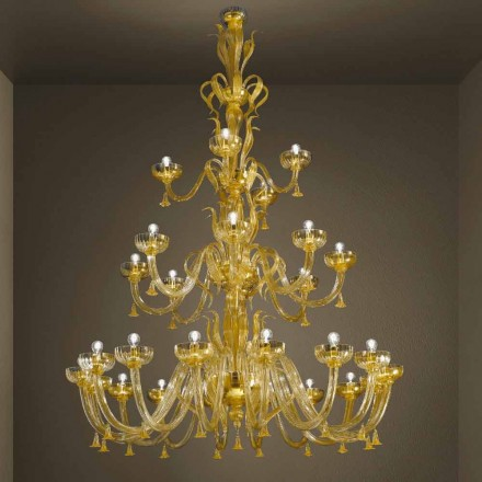 Handgjord ljuskrona med 28 lampor i venetianskt glas och guld tillverkad i Italien - Regina