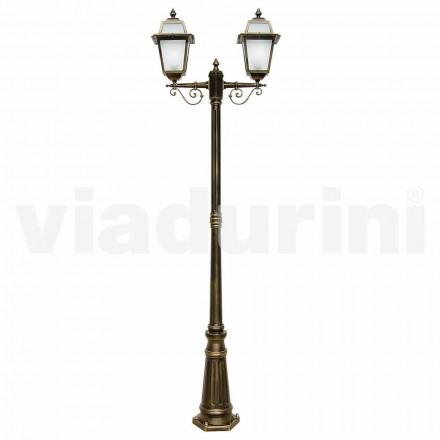 Utomhus lampor med två lampor tillverkad av aluminium, tillverkad i Italien, Kristel