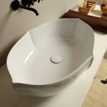 Bänkskivan i vit keramik tillverkad i Italien Oscar