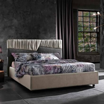 Dubbelsäng med modern design med vikta eller quiltade sänggavlar - Alano