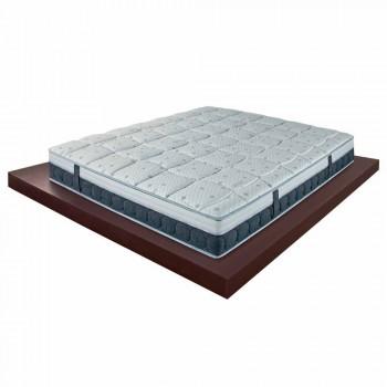En och en halv madrass i minne och kolresistex Tillverkad i Italien - Villa