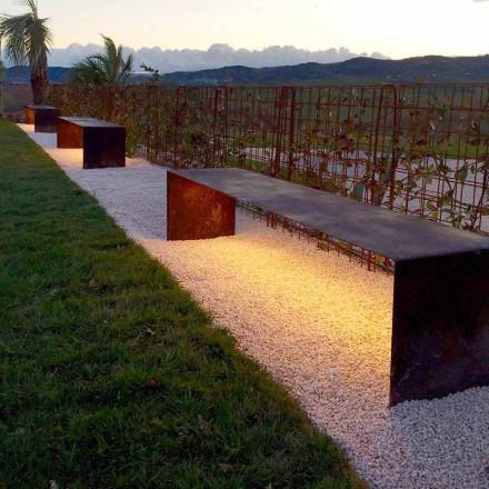Handgjord utomhusbänk i stål med LED-ljus Tillverkad i Italien - Magdalena