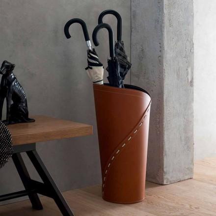 Modernt paraply står i regenererat Katrina läder, tillverkat i Italien