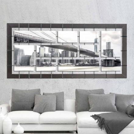 Panel med upphängda paneler på handdekorerade strängar Mark