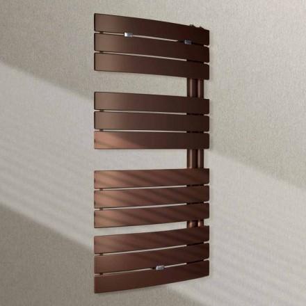 Radiator färgade hydraulisk radiator konstruktion seglar förbi Scirocco H