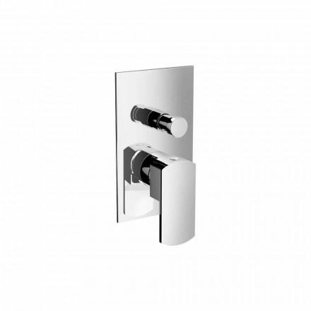 Modern dusch- eller badkarblandare med avledare tillverkad i Italien - Sika