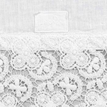 Bordslöpare 100% linne med lyxig vit spets tillverkad i Italien - Triumph