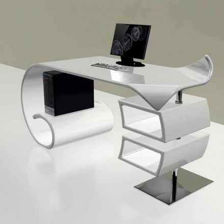 Modernt skrivbord producerat i Italien, Miagliano