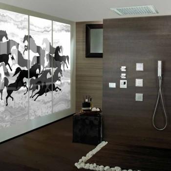 Duschhuvud med LED-lampor och dekorationer i Swarovski Bossini dröm