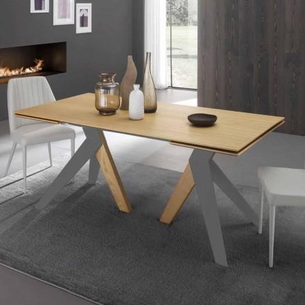 Utdragbart matbord med ekträ Daryl, tillverkad i Italien