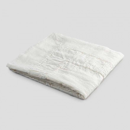 Fyrkantig duk i vitt linne, ram och präglad kantveck - Mippel
