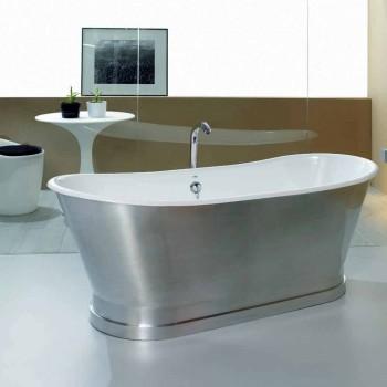 Bath från markstöd gjutet i Romeo